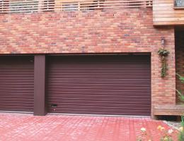 Sekční vrata garážová Kolín